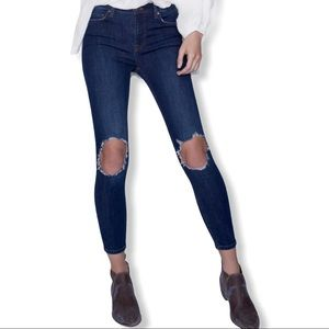 Free People busted knee skinny high rise jean 24
